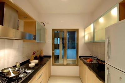 Gallery Cover Image of 1150 Sq.ft 2 BHK Apartment for rent in Goregaon East for 60000