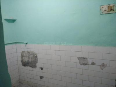 Gallery Cover Image of 500 Sq.ft 1 BHK Independent Floor for rent in Sector 56 for 8500