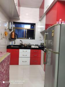 Gallery Cover Image of 550 Sq.ft 1 BHK Apartment for buy in Kopar Khairane for 7700000