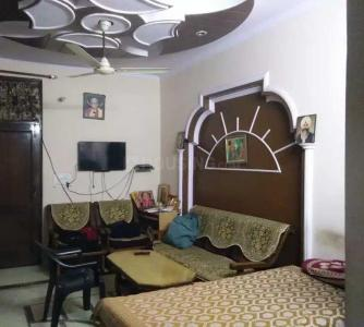 Gallery Cover Image of 585 Sq.ft 2 BHK Independent Floor for buy in Shahdara for 3600000