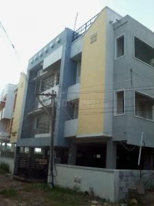 Gallery Cover Image of 900 Sq.ft 2 BHK Apartment for rent in Perumbakkam for 14000