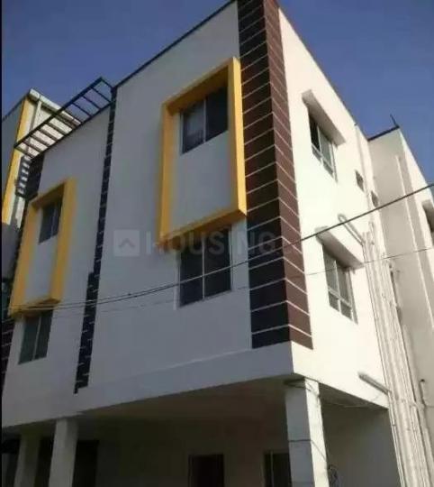 कीलकत्तलाई में ओम श्रीसाईराम मेंस होस्टल में बिल्डिंग की तस्वीर