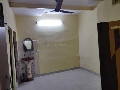 Gallery Cover Image of 750 Sq.ft 2 BHK Apartment for rent in Dilshad Garden for 10000