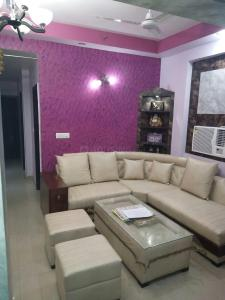 Gallery Cover Image of 1350 Sq.ft 3 BHK Apartment for rent in Vasundhara for 15000