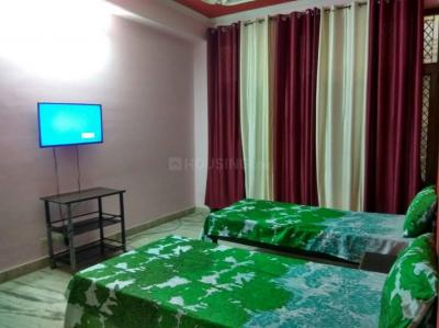 Bedroom Image of Apna Home PG in Sector 15