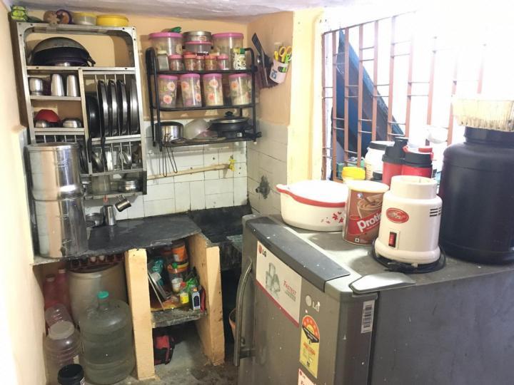 Kitchen Image of Rajan Gautam PG in Andheri West