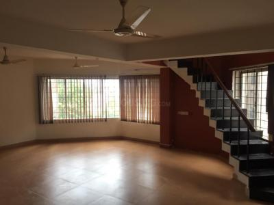 Gallery Cover Image of 2650 Sq.ft 5 BHK Apartment for rent in Choolaimedu for 55000