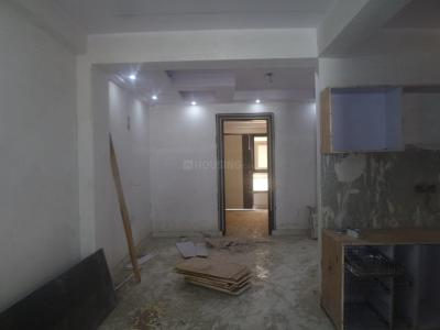 Gallery Cover Image of 945 Sq.ft 3 BHK Apartment for rent in Sector 28 Dwarka for 20000