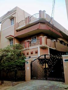 Gallery Cover Image of 1750 Sq.ft 3 BHK Independent House for rent in West Marredpally for 30000
