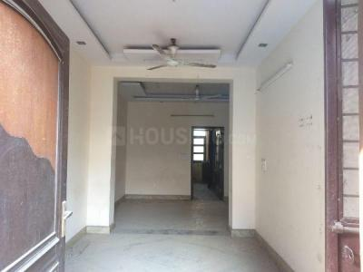 Gallery Cover Image of 1000 Sq.ft 3 BHK Independent Floor for rent in Paschim Vihar for 19000