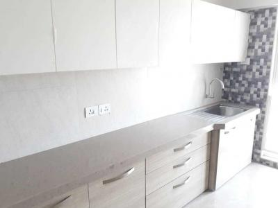 Gallery Cover Image of 2400 Sq.ft 4 BHK Apartment for rent in Santacruz East for 160000