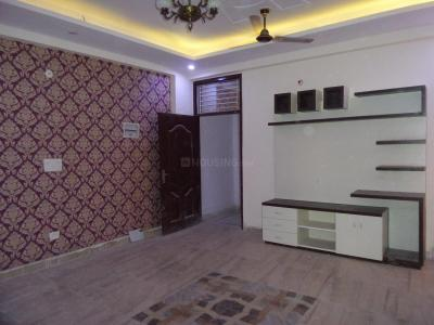 Gallery Cover Image of 1076 Sq.ft 2 BHK Apartment for buy in Shastri Nagar for 2350000