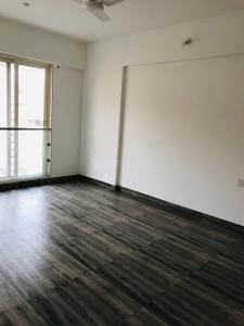 Gallery Cover Image of 1241 Sq.ft 2 BHK Apartment for rent in Kurla West for 60000