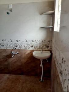 Bathroom Image of Sri Sai Krupa PG in Kattigenahalli