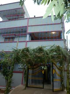 Gallery Cover Image of 3000 Sq.ft 2 BHK Independent House for buy in Thanisandra for 12500000