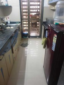 Gallery Cover Image of 1055 Sq.ft 2 BHK Apartment for rent in Parel for 75000