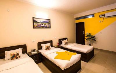 Bedroom Image of PG In Sector 44 Gurgaon For Boys, Girls & Couples in Sector 44
