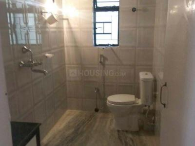 Bathroom Image of 1300 Sq.ft 2 BHK Apartment for rent in Kalighat for 36000