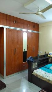 Gallery Cover Image of 1200 Sq.ft 2 BHK Apartment for rent in Kondapur for 19500