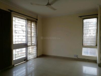 Gallery Cover Image of 1800 Sq.ft 3 BHK Apartment for buy in Saraswati Narmada Apartments, Vasant Kunj for 21500000