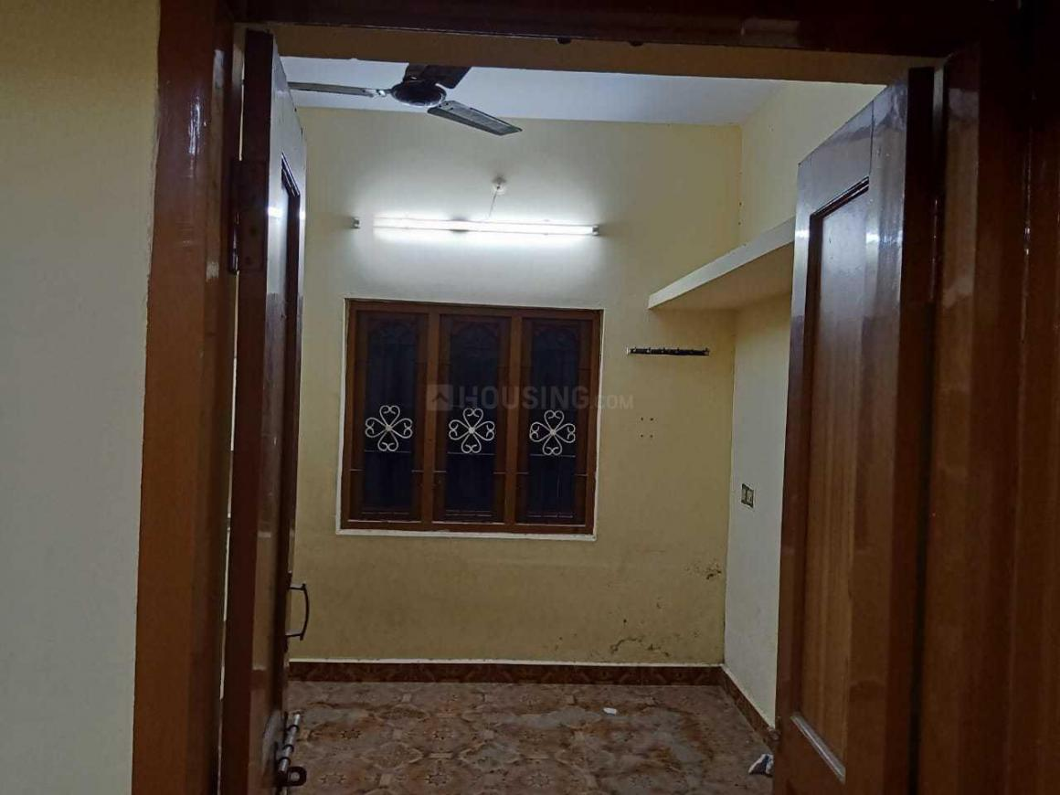 Bedroom Image of 900 Sq.ft 2 BHK Independent House for rent in Chromepet for 9500