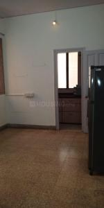 Gallery Cover Image of 700 Sq.ft 1 BHK Apartment for rent in Bandra East for 45000