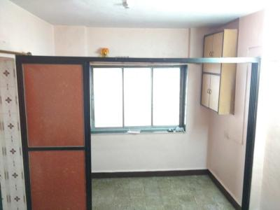 Gallery Cover Image of 450 Sq.ft 1 BHK Apartment for buy in Thane West for 2300000