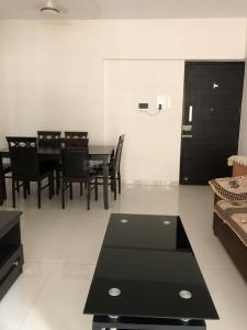 Gallery Cover Image of 1125 Sq.ft 2 BHK Apartment for buy in Unique Poonam Estate Cl 2 Blg No 7 8 9, Mira Road East for 13000000