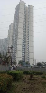 Gallery Cover Image of 2500 Sq.ft 3 BHK Apartment for rent in Sector 78 for 48000