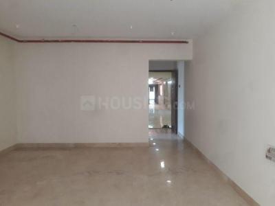 Gallery Cover Image of 800 Sq.ft 2 BHK Apartment for rent in Goregaon West for 35000