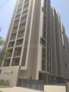 Gallery Cover Image of 1410 Sq.ft 3 BHK Apartment for rent in Bopal for 19000
