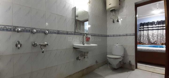 Bathroom Image of Sona PG in Sector 14