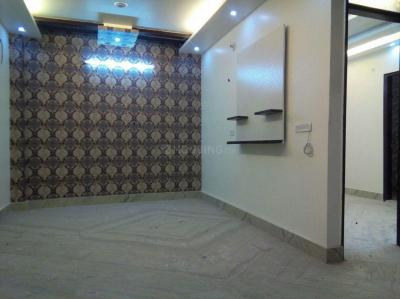Gallery Cover Image of 900 Sq.ft 3 BHK Apartment for buy in Dwarka Mor for 5500000