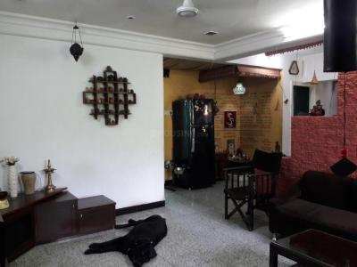 Gallery Cover Image of 1250 Sq.ft 3 BHK Apartment for rent in Vile Parle East for 89000