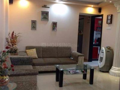 Gallery Cover Image of 990 Sq.ft 2 BHK Apartment for rent in RNA NG Suncity Phase II, Kandivali East for 29000