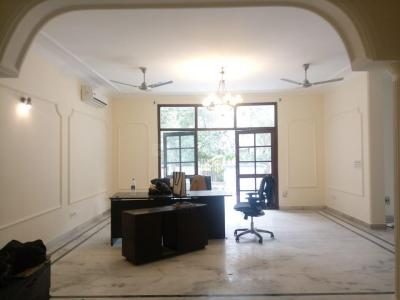 Gallery Cover Image of 1800 Sq.ft 3 BHK Independent Floor for rent in Hauz Khas for 50000