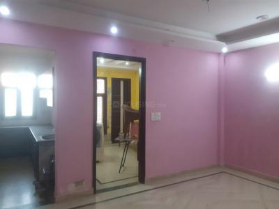 Gallery Cover Image of 720 Sq.ft 2 BHK Apartment for rent in Burari for 12000