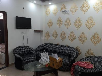 Gallery Cover Image of 650 Sq.ft 2 BHK Independent Floor for rent in Dwarka Mor for 16000