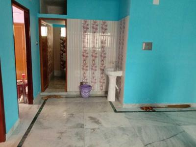 Gallery Cover Image of 1000 Sq.ft 2 BHK Apartment for rent in Keshtopur for 12000