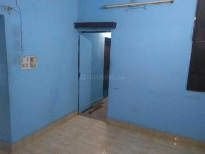 Gallery Cover Image of 500 Sq.ft 2 BHK Apartment for rent in Tri Nagar for 9500