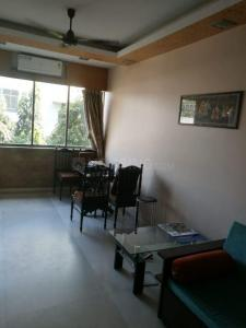 Gallery Cover Image of 590 Sq.ft 1 BHK Apartment for buy in Davlat Shreen Apartment, Colaba for 24000000
