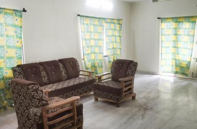 Gallery Cover Image of 1000 Sq.ft 3 BHK Apartment for rent in Pocharam for 17100