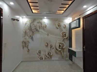 Gallery Cover Image of 750 Sq.ft 3 BHK Independent Floor for buy in Matiala for 4420000