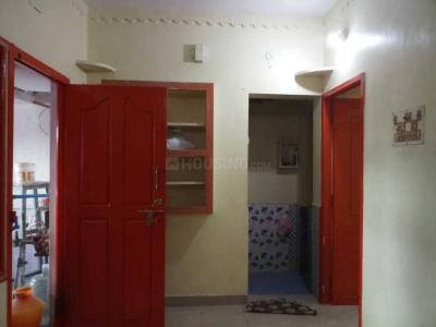Gallery Cover Image of 420 Sq.ft 1 BHK Apartment for rent in Ramapuram for 6500
