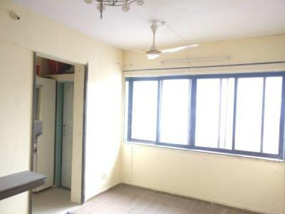 Gallery Cover Image of 650 Sq.ft 1 BHK Apartment for buy in Borivali West for 8500000