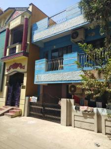 Gallery Cover Image of 1500 Sq.ft 3 BHK Independent House for buy in Korattur for 9000000