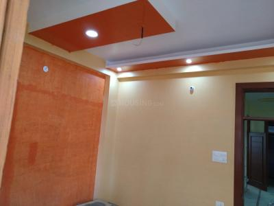 Gallery Cover Image of 1300 Sq.ft 3 BHK Independent Floor for buy in Govindpuram for 2790000