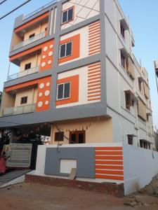Gallery Cover Image of 6000 Sq.ft 4 BHK Independent House for buy in Nagole for 35000000