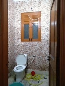 Bathroom Image of Torrni PG in Bindapur