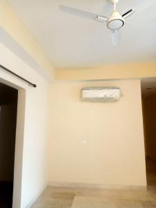 Gallery Cover Image of 1665 Sq.ft 3 BHK Apartment for buy in Paras Dews, Sector 106 for 8500000